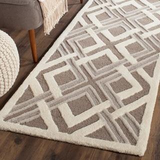 Martha Stewart by Safavieh Woven Lattice Taupe/ Ivory Wool Rug (8' x 10')