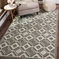 Safavieh Indoor/ Outdoor Amherst Grey/ Light Grey Rug - 8' x 10'