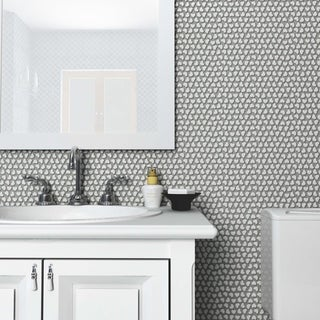 SomerTile 11.125x11.375-inch Corazon Glossy White Ceramic Mosaic Floor and Wall Tile (5 tiles/4.4 sqft.)