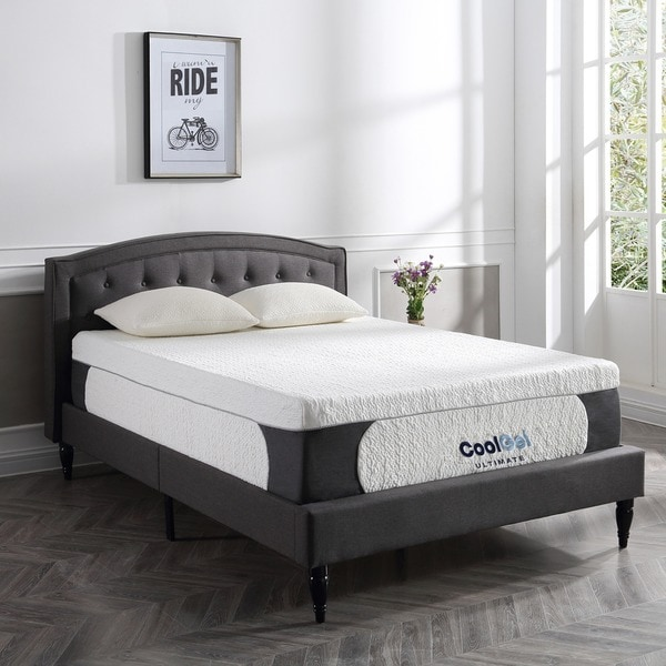 Shop Postureloft 14 Inch Gel Memory Foam Mattress With Pillow On