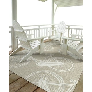 "Indoor/Outdoor Beachcomber Bicycle Light Brown Rug (7'6"" x 9'0)"