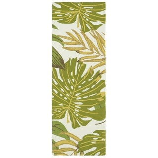 Indoor/Outdoor Beachcomber Leaves Green Rug (2'0 x 6'0)