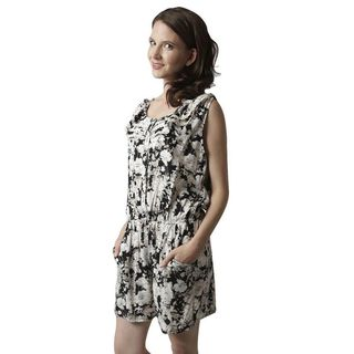 Soho Women Black/ White Flowers Sleeveless Elastic Waist Floral Print Romper