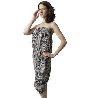 Soho Women Black/ White Sleeveless Elastic Waist Printed Tribal Romper