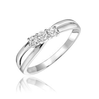 10k Gold 1/5ct TDW Diamond Trinity Twist Ring Size 6.75