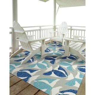 """Indoor/Outdoor Beachcomber Seafish Blue Rug (5' x 7'6) - 5' x 7'6"""""""