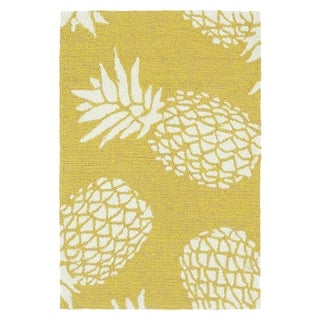 Indoor/Outdoor Beachcomber Pineapple Gold Rug (2' x 3')