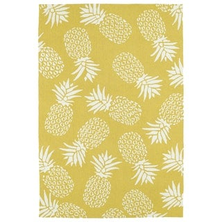 Indoor/Outdoor Beachcomber Pineapple Gold Rug (7'6 x 9')