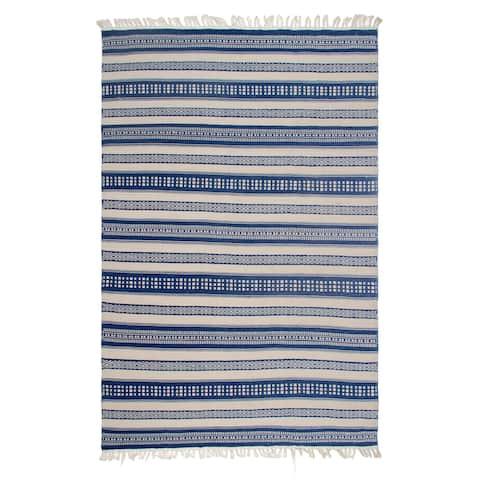 Handmade Chatsworth Blue PET Polyester Fiber Rug (India)