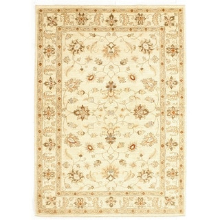 Hand-knotted Area Rug  (5' 9 x 7' 11)