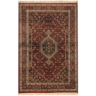 Herat Oriental Indo Hand-Knotted Bidjar Red/ Navy Wool Area Rug (4' x 6')