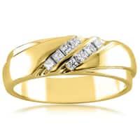 Montebello Jewelry 14k Yellow Gold Men's 1/4ct TDW Diamond Wedding Band