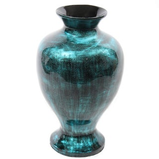 Refreshing Bamboo Vase In Lacquer Finish By Entrada