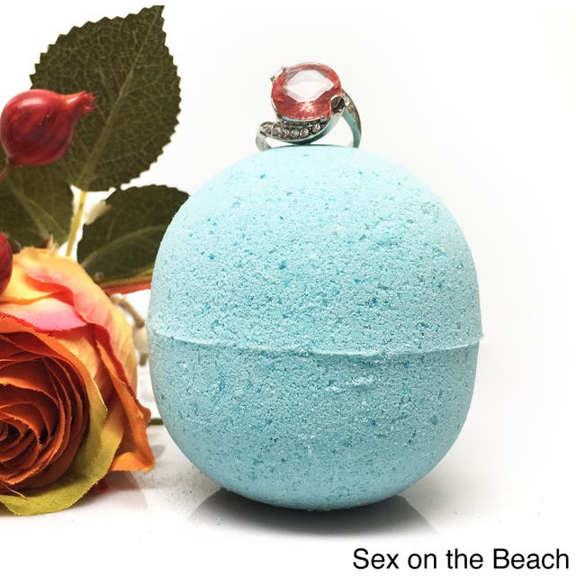 Hidden Treasure Large Bath Bomb