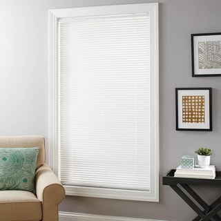 White Vinyl 1-inch Cordless Room-darkening Mini Blind (31x64, White)