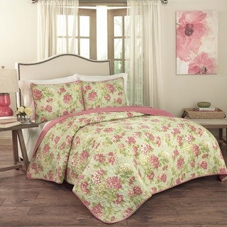 Traditions by Waverly Rolling Meadow 3-piece Quilt Set