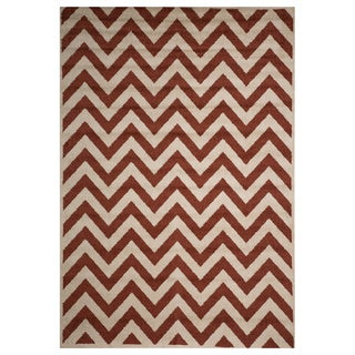 Christopher Knight Home Rosemary Sal Indoor/Outdoor Chevron Frieze Rug (7' x 10')