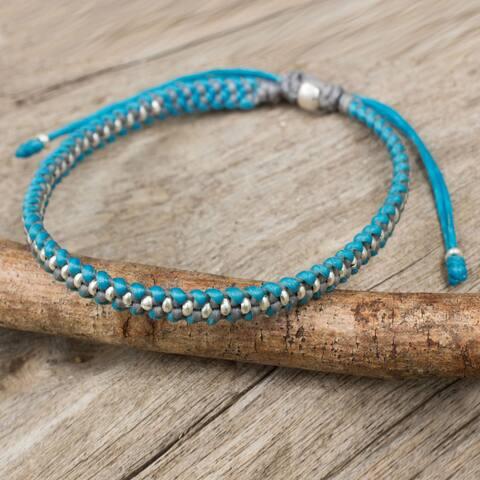 "Handmade Silver Accent 'Blue Grey Progression' Bracelet (Thailand) - 7'6"" x 9'6"""