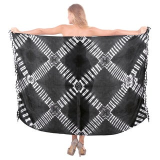 La Leela Black Rayon 78-inch x 43-inch Soft Crisscross Tie-dyed Beach Coverup Pareo With Free Sarong