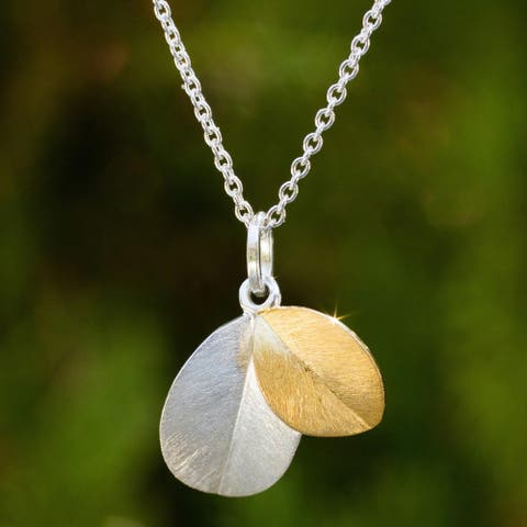 Handmade Gold Accent 'Sunlit Leaves' Necklace (Thailand)