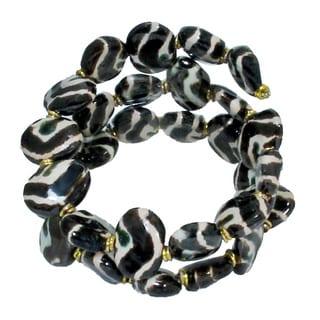 Handcrafted Zebra Pattern Ceramic Kazuri Bead Wrap Bracelet (Kenya)