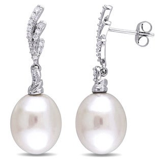 Miadora Signature Collection 14k White Gold White Cultured South Sea Pearl and 1/5ct TDW Diamond Drop Earrings (G-H, SI1-SI2)