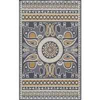 Momeni Veranda Gold Lucky Elephant Indoor/Outdoor Rug - 3'9 x 5'9