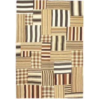 eCarpetGallery Bohemian Hand-made Beige Wool Kilim (5'4 x 7'11)