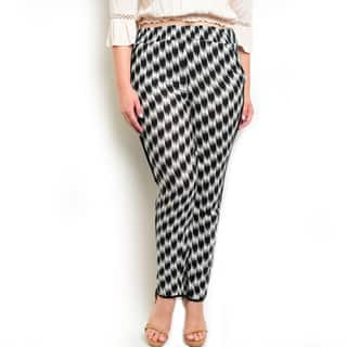 Shop the Trends Women's Plus Size Woven Blue, White Black Rayon High Waisted Pants|https://ak1.ostkcdn.com/images/products/11854610/P18755432.jpg?impolicy=medium