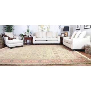 Somette Hand-knotted Isfahan Sage Oriental Wool Rectangular Area Rug (10' x 14')