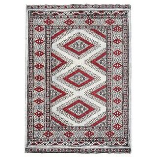 Herat Oriental Pakistani Hand-knotted Bokhara Gray/ Burgundy Wool Rug (2'2 x 3')