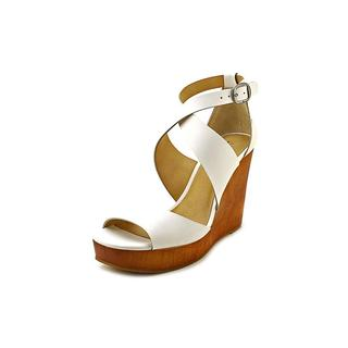 Lucky Brand Women's 'Lyndell' Leather Sandals