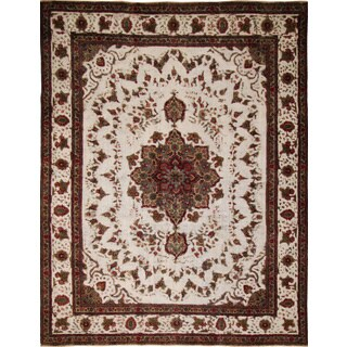 Distressed Bradford Ivory Hand-Knotted Rug (9'10 x 12'8)