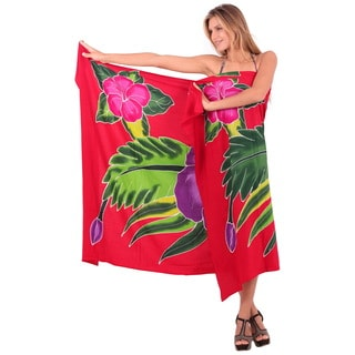 La Leela Women's Red Rayon 78-inch x 43-inch Floral Pareo Beach Coverup With Sarong Clip