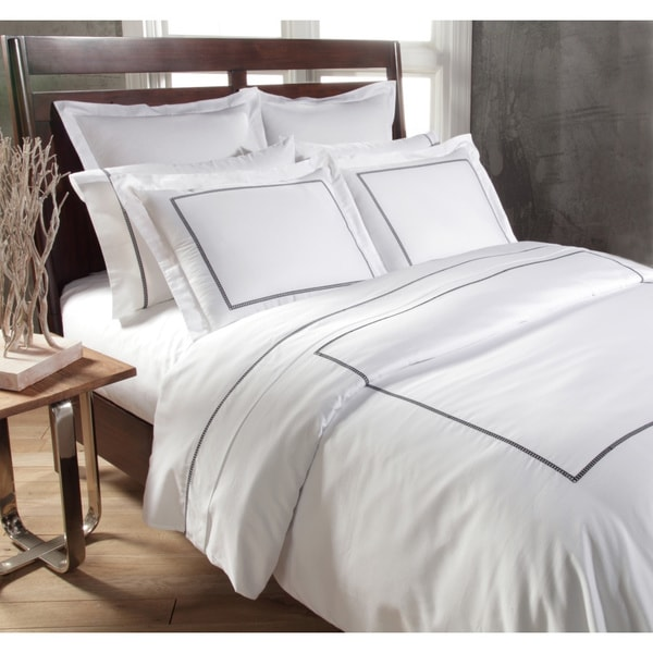 Links 3-piece Embroidered 300 Thread Count Egyptian Cotton Sateen Duvet Set