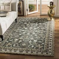 Safavieh Handmade Bella Grey/ Taupe Wool Rug - 5' x 5' square