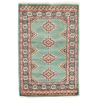 Herat Oriental Pakistani Hand-knotted Bokhara Green/ Ivory Wool Rug (2'1 x 3'2)