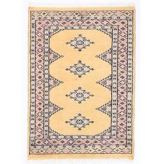 Herat Oriental Pakistani Hand-knotted Bokhara Wool Rug (2' x 2'10)