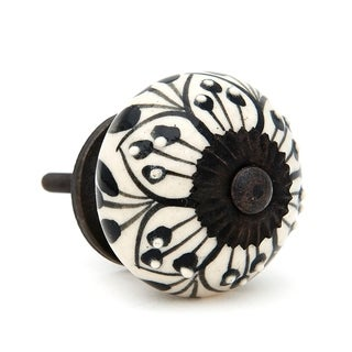 Black Flower Pattern Knobs (Pack of 6)