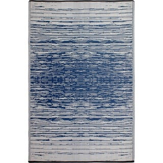 Fab Habitat Indo Revesible Brooklyn Blue Recyled Plastic Area Rug (6' x 9')