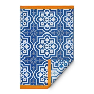 Handmade Fab Habitat Indo Revesible Puebla Blue Recyled Plastic Area Rug (6' x 9')