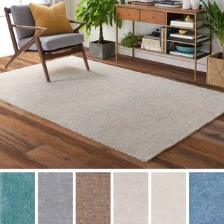 Meticulously Woven Logrono Polyester Rug (5' x 7'6)