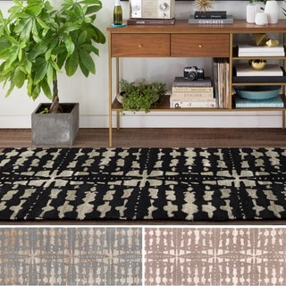 Hand-Tufted Getafe Wool/Viscose Rug (2'6 x 8')