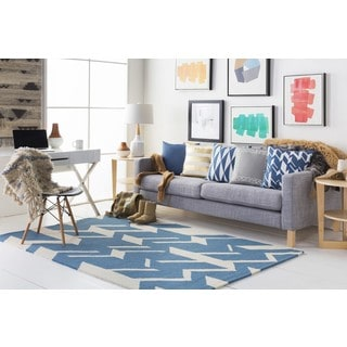 Hand-Tufted Real Wool Rug (5' x 7'6)