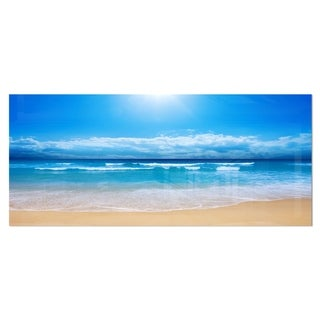 Designart 'Paradise Beach' Seascape Photography Metal Wall Art