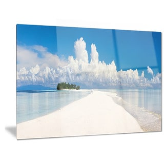 Designart 'Tropical Island Panorama' Landscape Photo Metal Wall Art