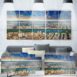 Designart 'Aerial View of Central Park' Landscape Photo Metal Wall Art