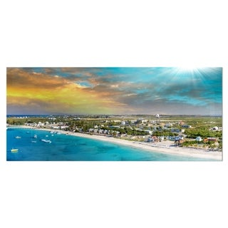 Designart 'Panoramic Caribbean Island' Landscape Photo Metal Wall Art