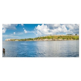 Designart 'The Bay of Havana Panorama' Seascape Photo Metal Wall Art