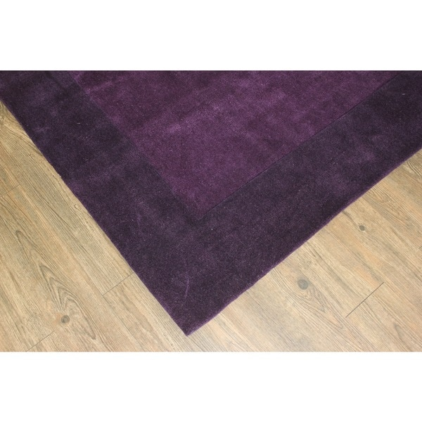 "Tone-on-Tone Solid Violet Area Rug (7'6 x 10'3) - 7'6"" x 10'6"""